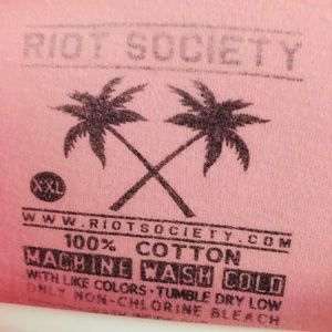 riot society Shirts - Riot Society Rose Embroidered Pink Tee XXL